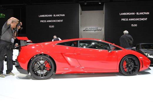 Auto di lusso restituite a Milano per paura della Finanza - Foto 3 di 10