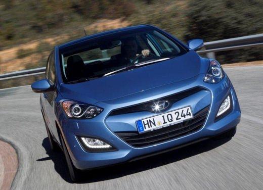 Hyundai i30 offerta al prezzo di 13.700 euro - Foto 5 di 13