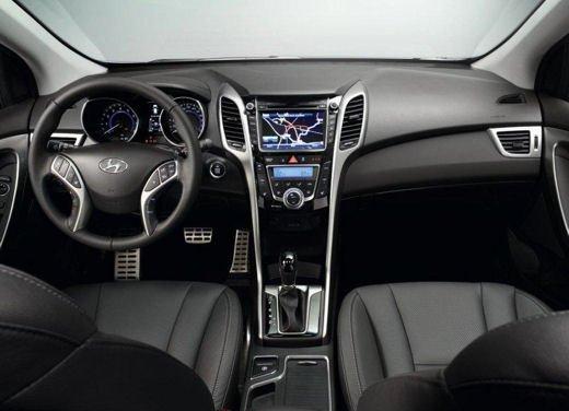 Hyundai i30 offerta al prezzo di 13.700 euro - Foto 6 di 13