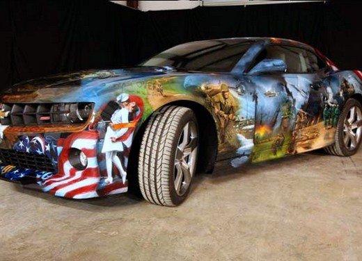 """Chevrolet Camaro """"American Pride"""", la muscle car diventa arte"""