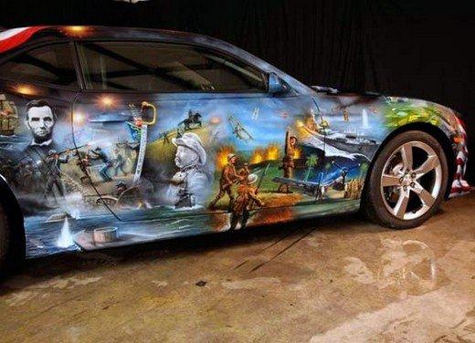 """Chevrolet Camaro """"American Pride"""", la muscle car diventa arte - Foto 13 di 24"""