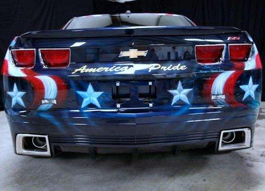 """Chevrolet Camaro """"American Pride"""", la muscle car diventa arte - Foto 14 di 24"""