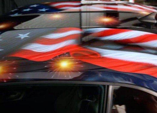 """Chevrolet Camaro """"American Pride"""", la muscle car diventa arte - Foto 18 di 24"""