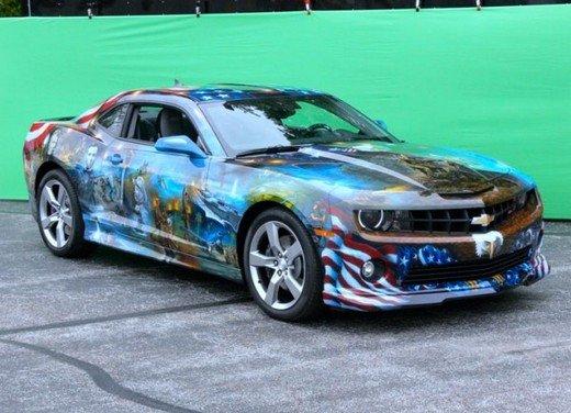 """Chevrolet Camaro """"American Pride"""", la muscle car diventa arte - Foto 1 di 24"""