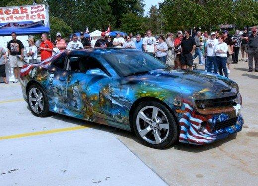 """Chevrolet Camaro """"American Pride"""", la muscle car diventa arte - Foto 2 di 24"""