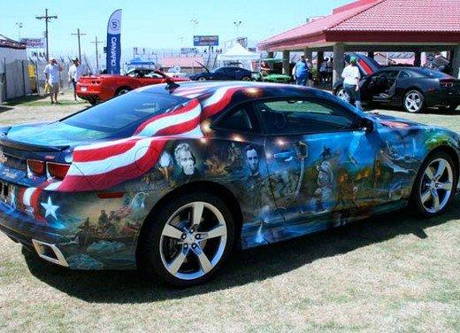 """Chevrolet Camaro """"American Pride"""", la muscle car diventa arte - Foto 3 di 24"""