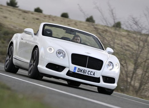 Nuova Bentley Continental GTC V8 - Foto 11 di 19