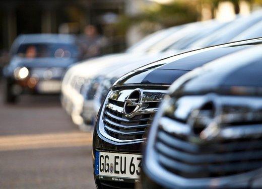 Opel Insignia: test drive della versione doppio turbo - Foto 14 di 40