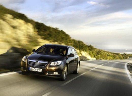Opel Insignia: test drive della versione doppio turbo - Foto 40 di 40