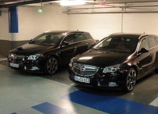 Opel Insignia: test drive della versione doppio turbo - Foto 5 di 40