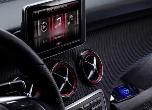 Prime foto degli interni della Nuova Mercedes Classe A - Foto 1 di 19