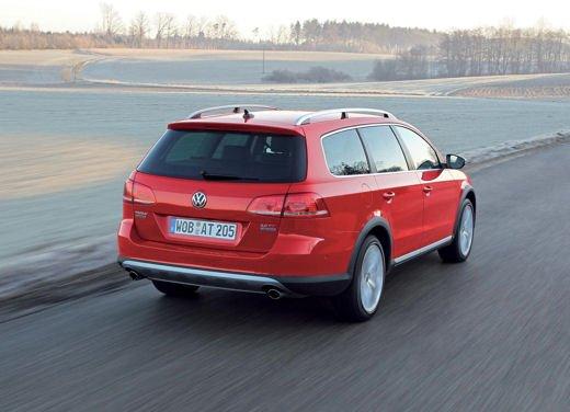 Volkswagen Passat Alltrack - Foto 9 di 10