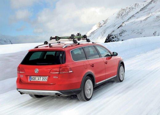 Volkswagen Passat Alltrack - Foto 2 di 10
