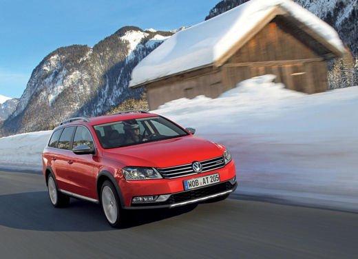 Volkswagen Passat Alltrack - Foto 3 di 10