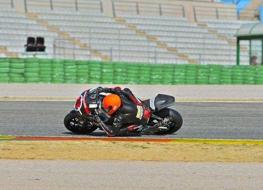 Dainese ed AGV proteggono con casco e tuta i campioni di MotoGP e SBK con Valentino Rossi e Max Biaggi in testa - Foto 2 di 16
