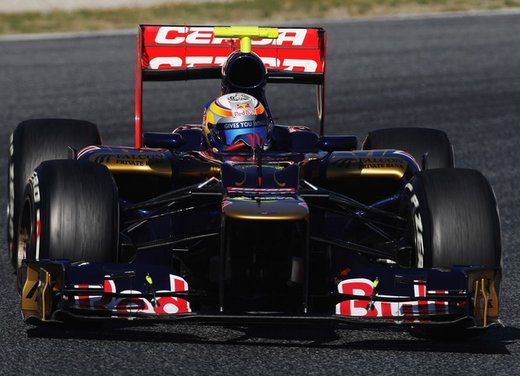 F1 test Barcellona: Alonso e la Ferrari chiudono al quarto posto - Foto 14 di 32