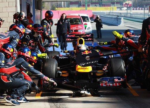 F1 test Barcellona: Alonso e la Ferrari chiudono al quarto posto - Foto 17 di 32