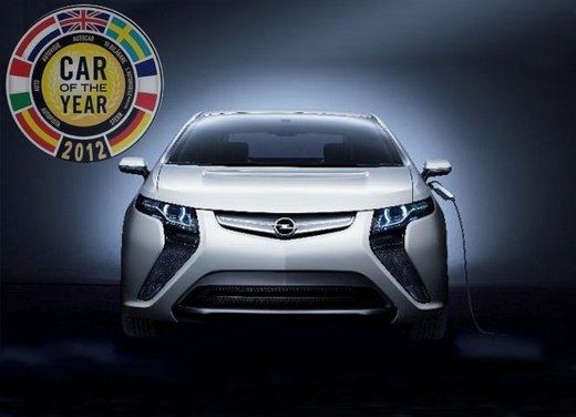 "Opel Ampera eletta ""Car of the Year 2012"""