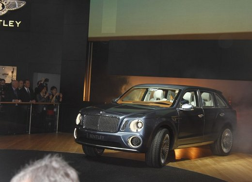Bentley EXP 9 F Concept - Foto 24 di 43