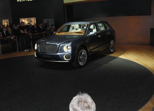 Bentley EXP 9 F Concept - Foto 26 di 43