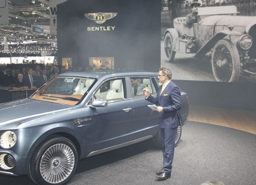 Bentley EXP 9 F Concept - Foto 28 di 43