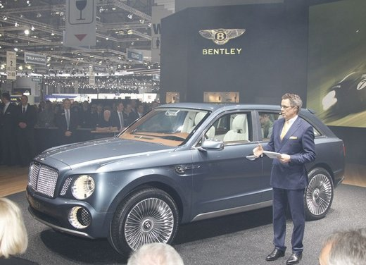 Bentley EXP 9 F Concept - Foto 30 di 43