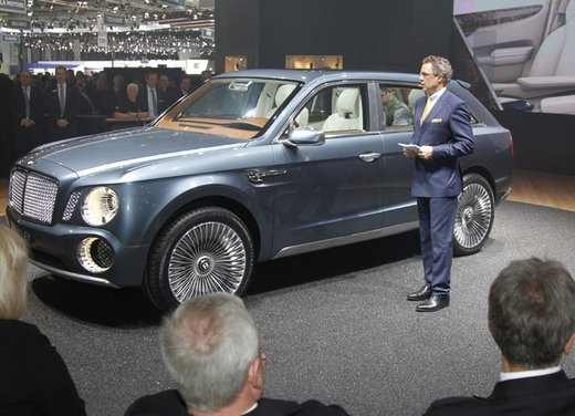 Bentley EXP 9 F Concept - Foto 32 di 43