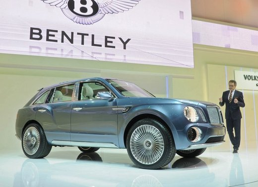 Bentley EXP 9 F Concept - Foto 15 di 43