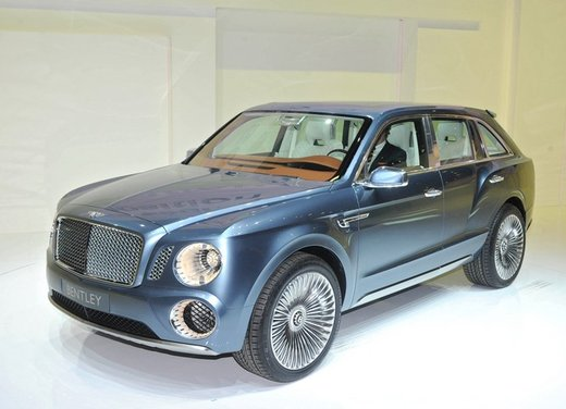 Bentley EXP 9 F Concept - Foto 16 di 43