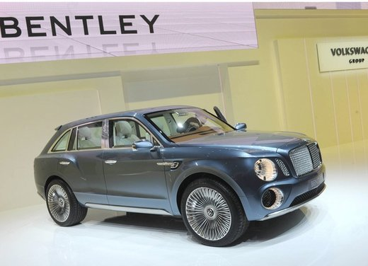 Bentley EXP 9 F Concept - Foto 17 di 43