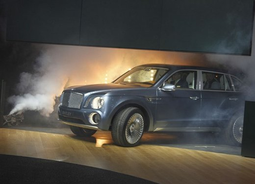 Bentley EXP 9 F Concept - Foto 20 di 43