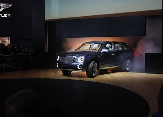 Bentley EXP 9 F Concept - Foto 23 di 43