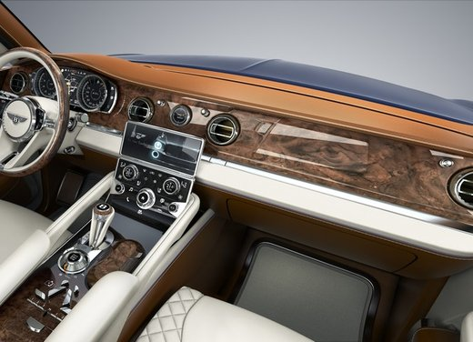 Bentley EXP 9 F Concept - Foto 40 di 43