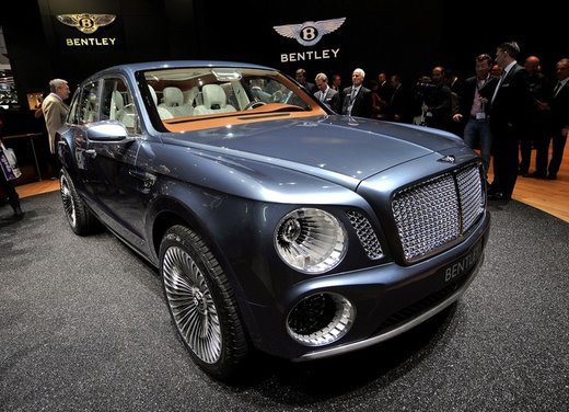 Bentley EXP 9 F Concept - Foto 29 di 43