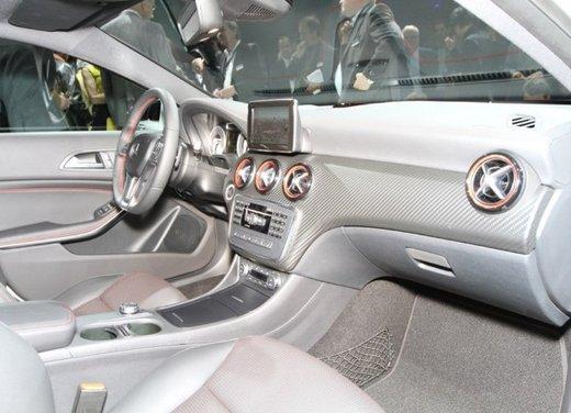 Nuova Mercedes Classe A, prezzi da 22.990 euro - Foto 18 di 21