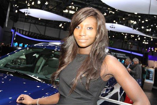 Tutte le più belle ragazze del Salone di Ginevra 2012 - Foto 12 di 24
