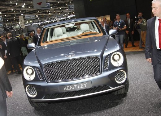 Bentley EXP 9 F Concept - Foto 1 di 43