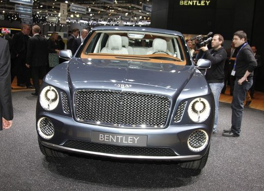 Bentley EXP 9 F Concept - Foto 2 di 43