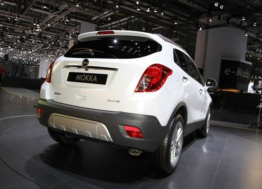 Opel Mokka, prezzi e promozioni del nuovo SUV compatto Opel - Foto 15 di 16