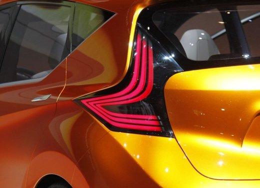 Nissan Invitation Concept - Foto 14 di 15