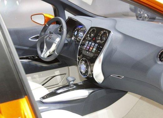 Nissan Invitation Concept - Foto 2 di 15