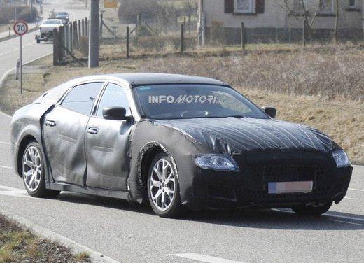 Nuove foto spia della Maserati Quattroporte durante i collaudi - Foto 11 di 18