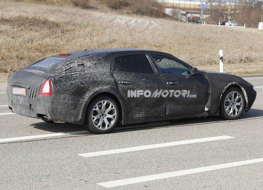 Nuove foto spia della Maserati Quattroporte durante i collaudi - Foto 15 di 18