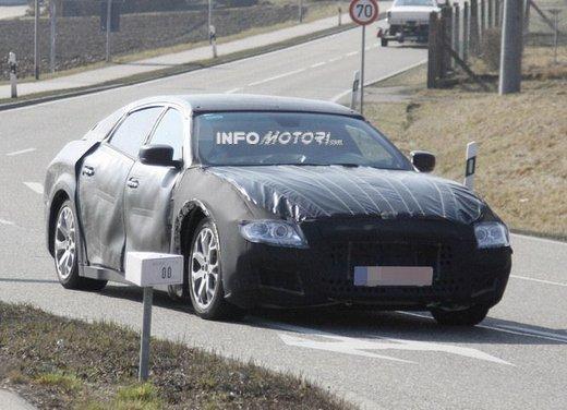 Nuove foto spia della Maserati Quattroporte durante i collaudi - Foto 10 di 18