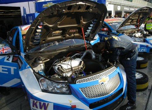 Chevrolet Cruze Station Wagon presentata durante il WTCC a Monza - Foto 15 di 15