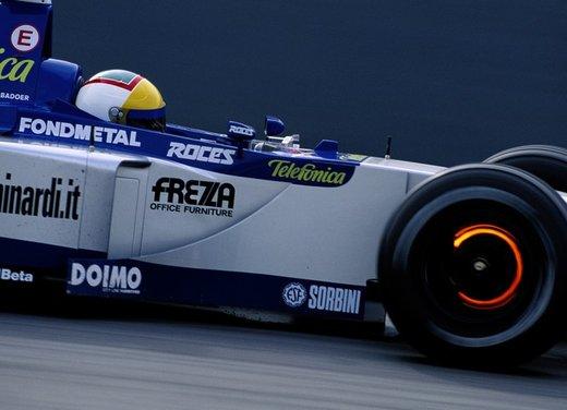 Brembo frena le monoposto di Formula 1 nel mondiale 2012 - Foto 1 di 12