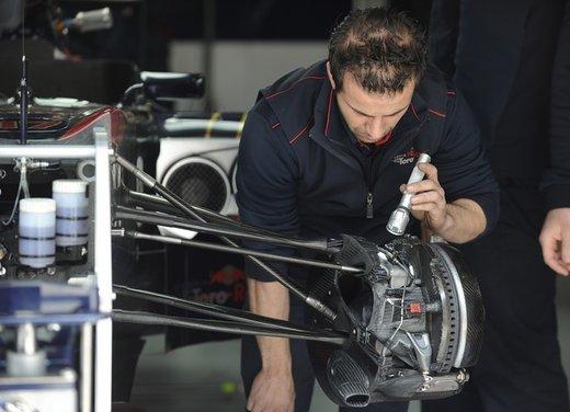 Brembo frena le monoposto di Formula 1 nel mondiale 2012 - Foto 10 di 12