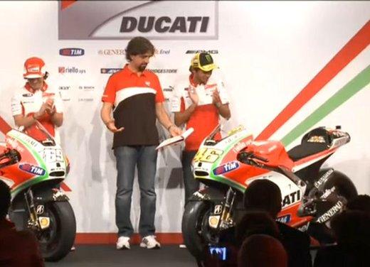 Ducati GP12 di Valentino Rossi svelata lunedì 19 marzo - Foto 4 di 21