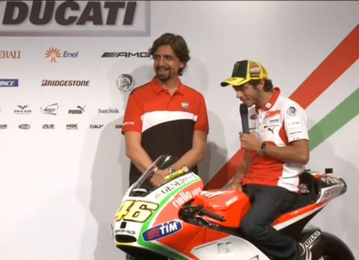 Ducati GP12 di Valentino Rossi svelata lunedì 19 marzo - Foto 3 di 21