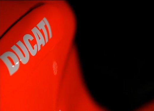 Ducati GP12 di Valentino Rossi svelata lunedì 19 marzo - Foto 8 di 21